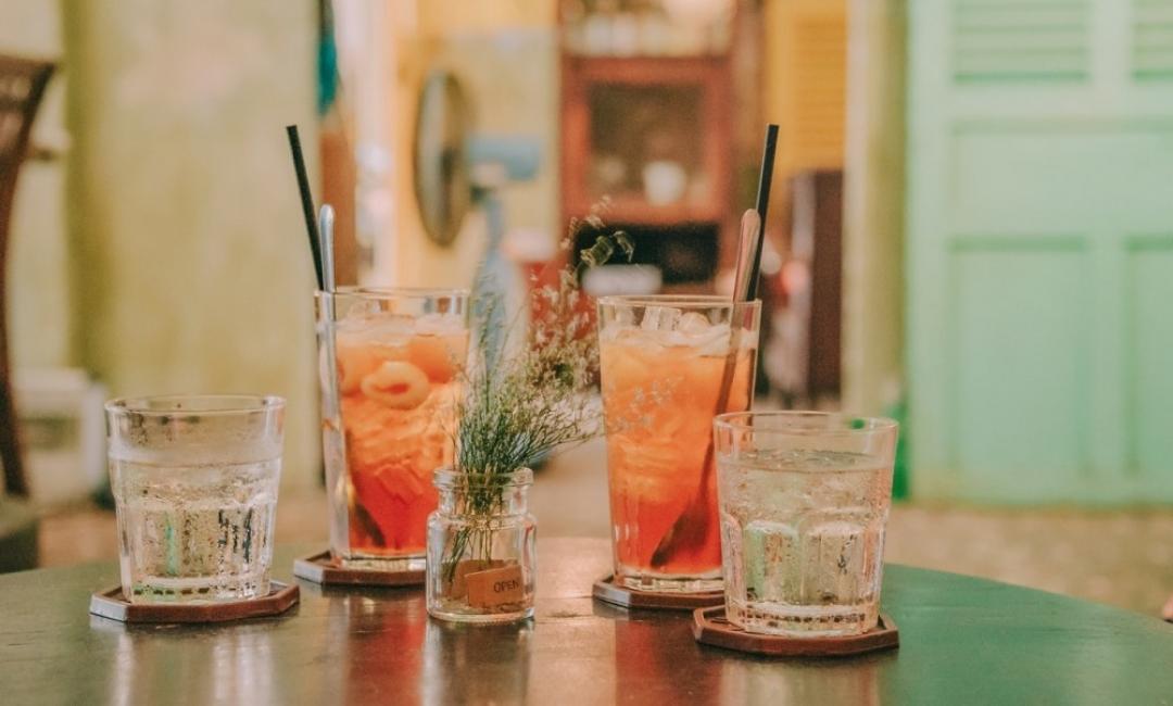 5 класически коктейла, които да си приготвим тази вечер