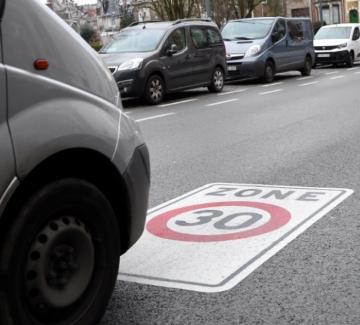 Защо европейските градове масово въвеждат ограничение от 30 км/ч?