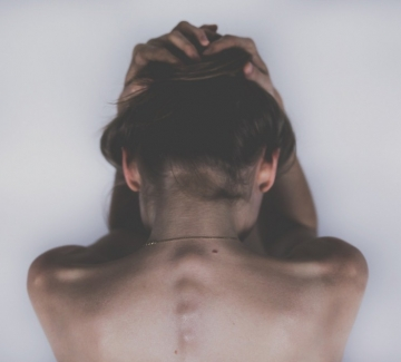 Тестът за девственост като оправдание за изнасилване