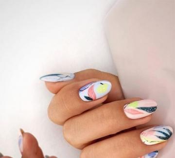 26 идеи за елегантен цветен маникюр