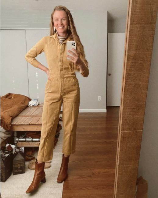 17 стайлинг идеи как да носим гащеризон през студените месеци