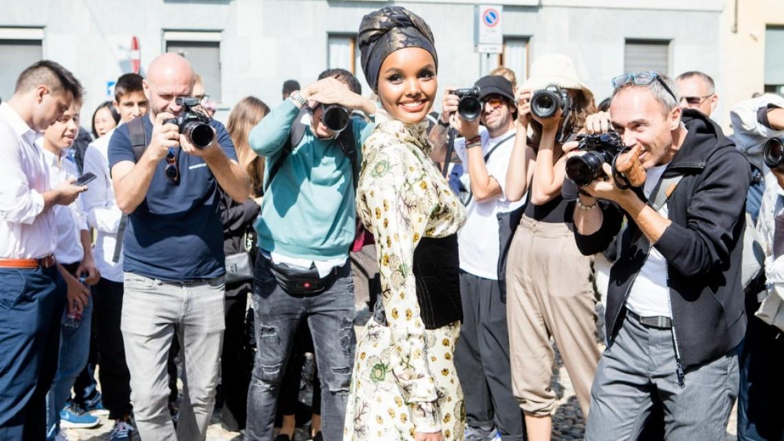 Защо първият супермодел с хиджаб се отказа от модата?