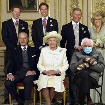 Най-популярните мемета с Бърни Сандърс и неговите вълнени ръкавици