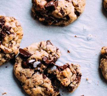 Перфектните американски бисквитки с парченца шоколад