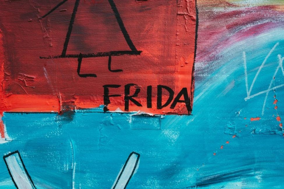 Защитиха от заличаване феминистки стенопис в Мадрид