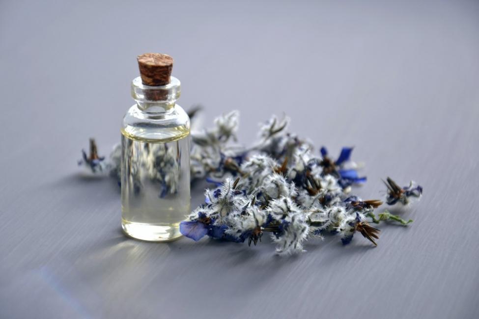 Могат ли ароматните масла да заменят лекарствата?