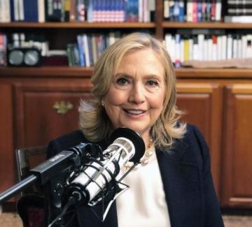 """Хилъри Клинтън и трилърът """"Държава на терора"""""""