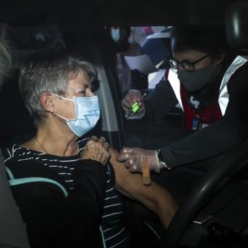 Къде за 1 ден успяха да ваксинират 2 милиона души?