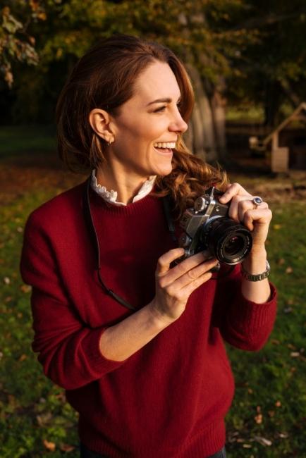 Кейт Мъдълтън с книга, посветена на пандемията