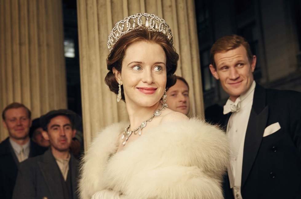 5 сериала, които ни пренасят в британския кралски двор