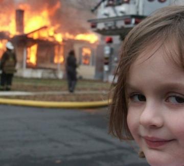 Disaster Girl – историята на момичето от най-популярното меме