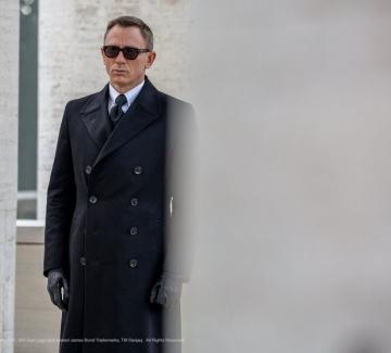 10 страхотни парчета от филмите за Джеймс Бонд