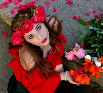 Да оплетем венци от цветя на Mish Mash Fest с Fashion Days