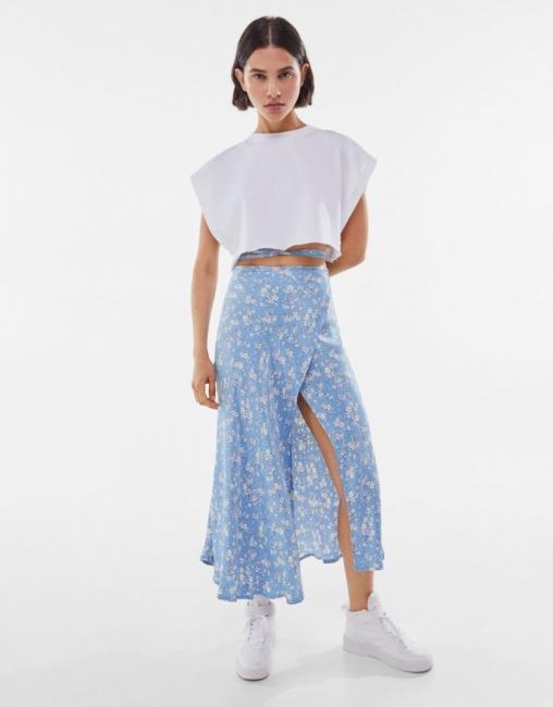 Съботен шопинг: 10 миди поли за лятото, които можем да носим още сега