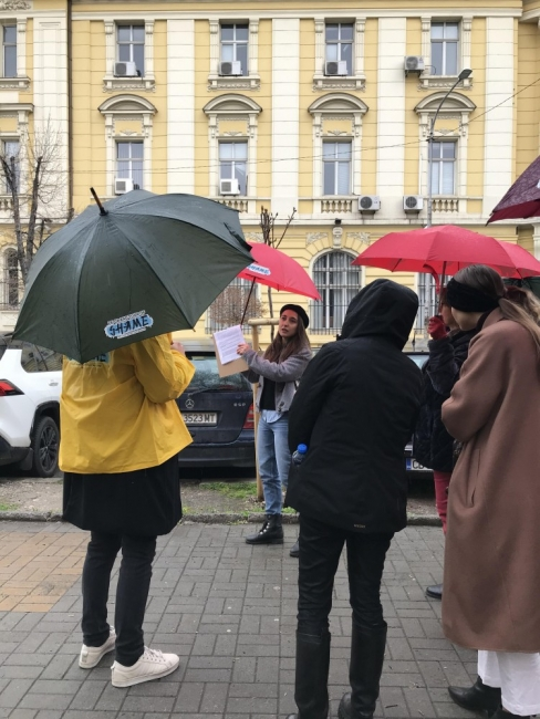 Le Grand Tour of Shame - новите културни обиколки на София