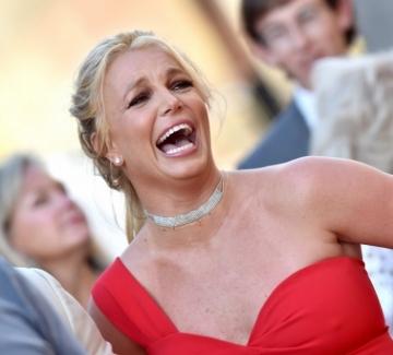 """Бритни Спиърс с емоционална реч: """"Просто искам да си върна живота"""""""