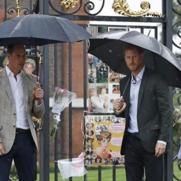 Принц Хари се върна във Великобритания