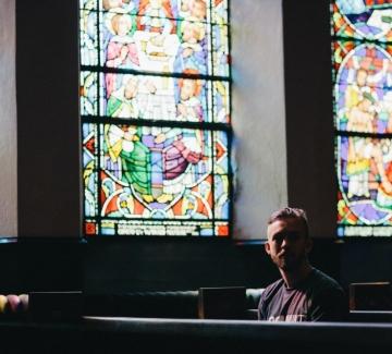 Стотици случаи на сексуално насилие в Полската католическа църква