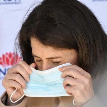 Учени изобретиха маска, която тества срещу Covid-19