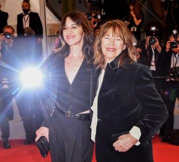 Джейн Бъркин и Шарлот Генсбур в Кан – всичко за майка ми