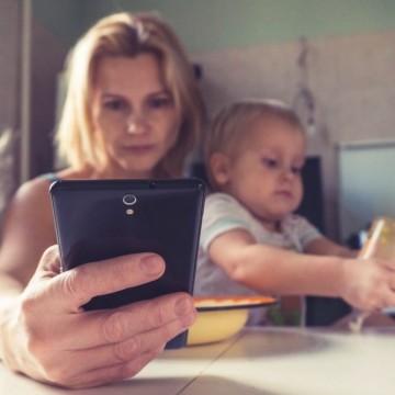 Едва 300 от общо 600 000 самотни родители ще получат финансова помощ