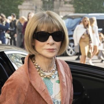 Да погледнем зад тъмните очила на Ан Уинтор!