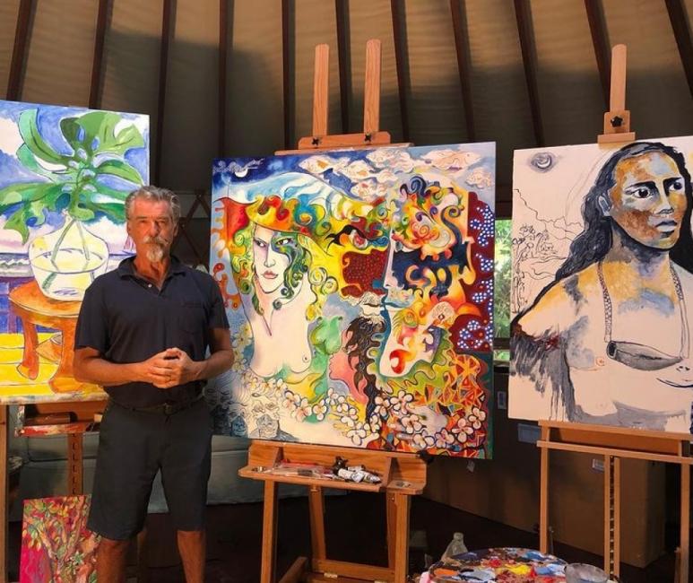 Пиърс Броснан се готви за първата си изложба