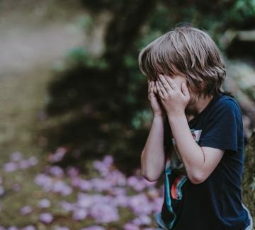 Милион и половина деца са осиротели заради Covid-19