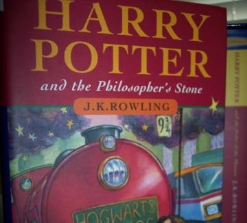 Рядко първо издание на Хари Потър е продадено за 80 000 паунда на търг