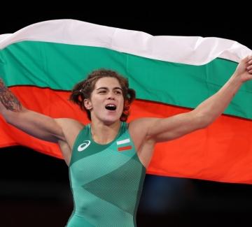 Тайбе Юсеин: Светкавична победа и бронзов медал за България