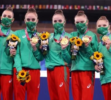 Златен медал от Токио 2020 за ансамбъла ни по художествена гимнастика!