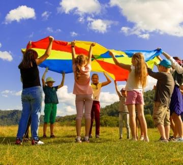 Защо децата обожават летните лагери