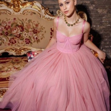 Мария Бакалова и Dolce & Gabbana – италианска афера във Венеция