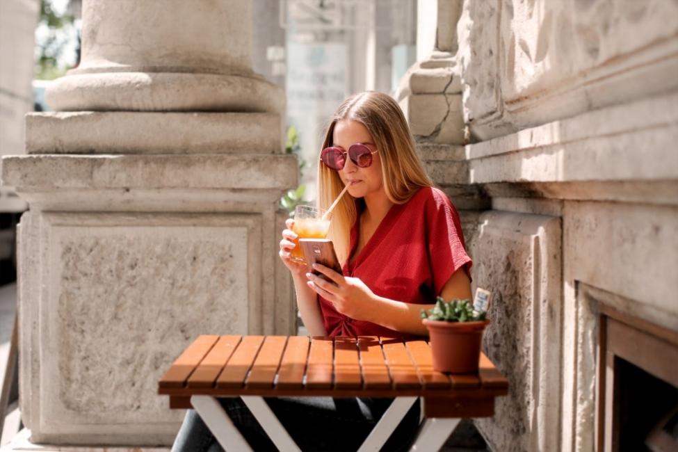 5 причини да пазарувам през приложението на Fashion Days