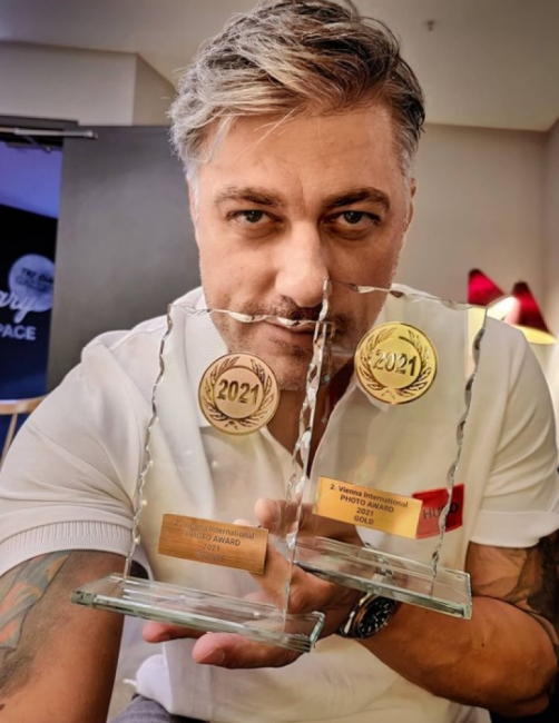 Владо Карамазов с две престижни отличия за фотография