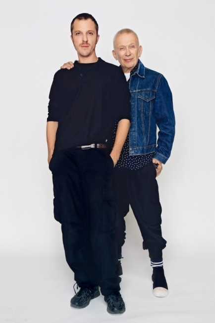 Той е на 38 и ще прави висша мода за Jean Paul Gaultier