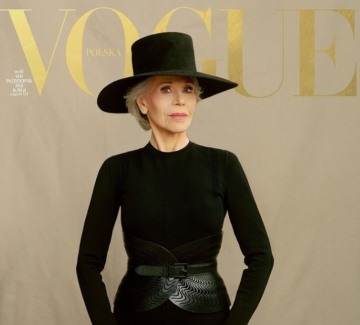 """62 години по-късно: Джейн Фонда отново на корицата на """"Вог"""""""