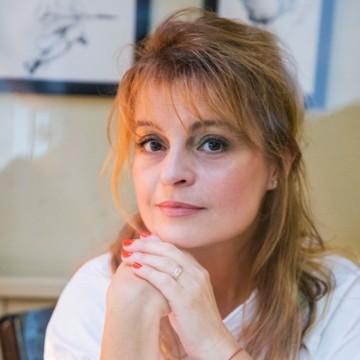 Мария Касимова-Моасе: Чувствам се чудесно в кожата на жена