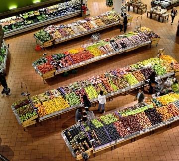 """Супермаркети в Нидерландия откриват """"каси за разговори"""""""