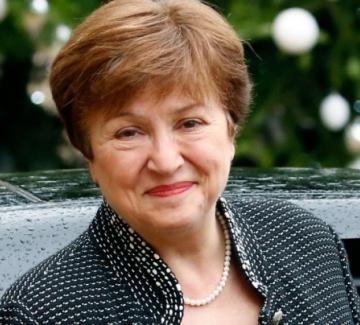 Politico: Георгиева запазва работата си, но ситуацията е неловка
