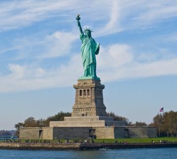 Мрачна прогноза – до 2050 г. Статуята на свободата ще бъде под вода