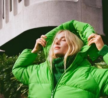 Съботен шопинг: 15 пухкави якета,  с които да се подготвите за зимата
