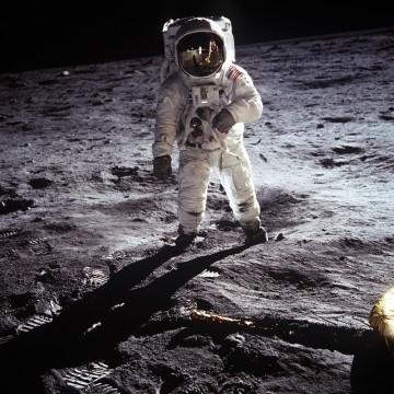 НАСА планира интернет мрежа на Луната