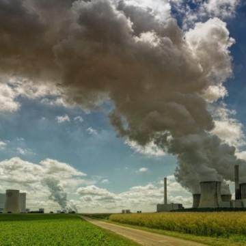 Екологичните кризи, с които сме се справяли