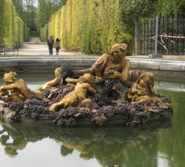 Парижки истории – паралелният свят Версай