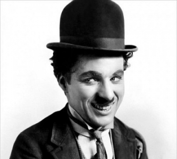 Няма как да видиш дъгата, ако непрекъснато гледаш в краката си. Чарли Чаплин