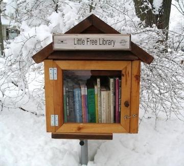 Малка безплатна библиотека