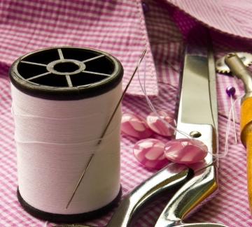 Момичешки тайни: Пет места където можем да получим адекватни шивашки услуги