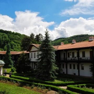 Соколски манастир - място за разговори