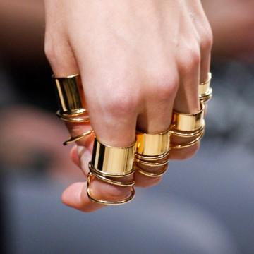 Много пръстени за всички
